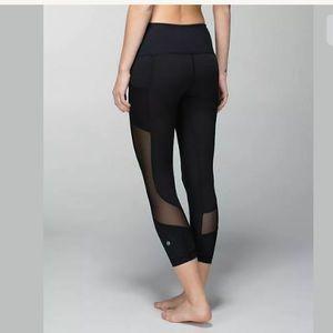 Lululemon Seek The Heat Cropped Leggings Size 6